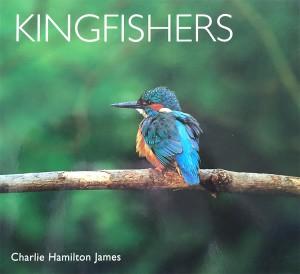 Het boek 'Kingfishers' van Charlie Hamilton James