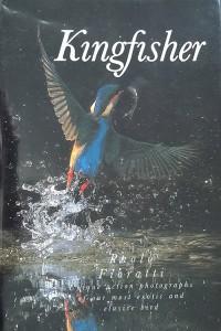 Het boek 'Kingfisher' van Paolo Fiorati