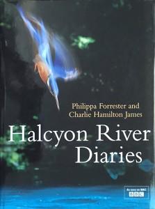 Het boek 'Halcyon River Diaries' van Philippa Forester en Charlie Hamilton James